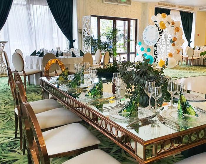 expert-outdoor-mese-banquet-masa-tort-mobilier-evenimente