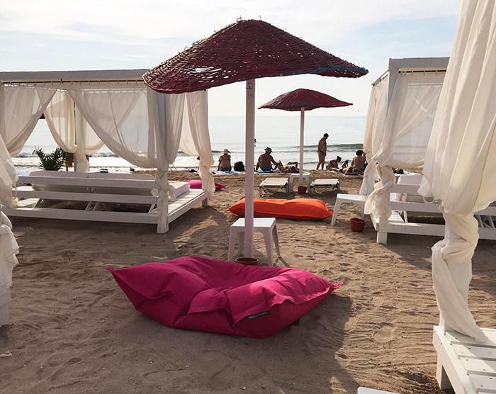 expert-outdoor-saltele-si-sezlonguri-plaja